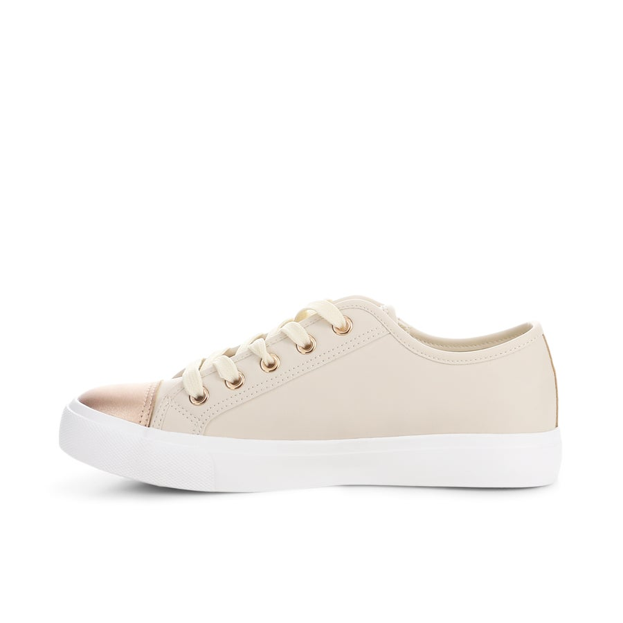 Hattie Sneakers