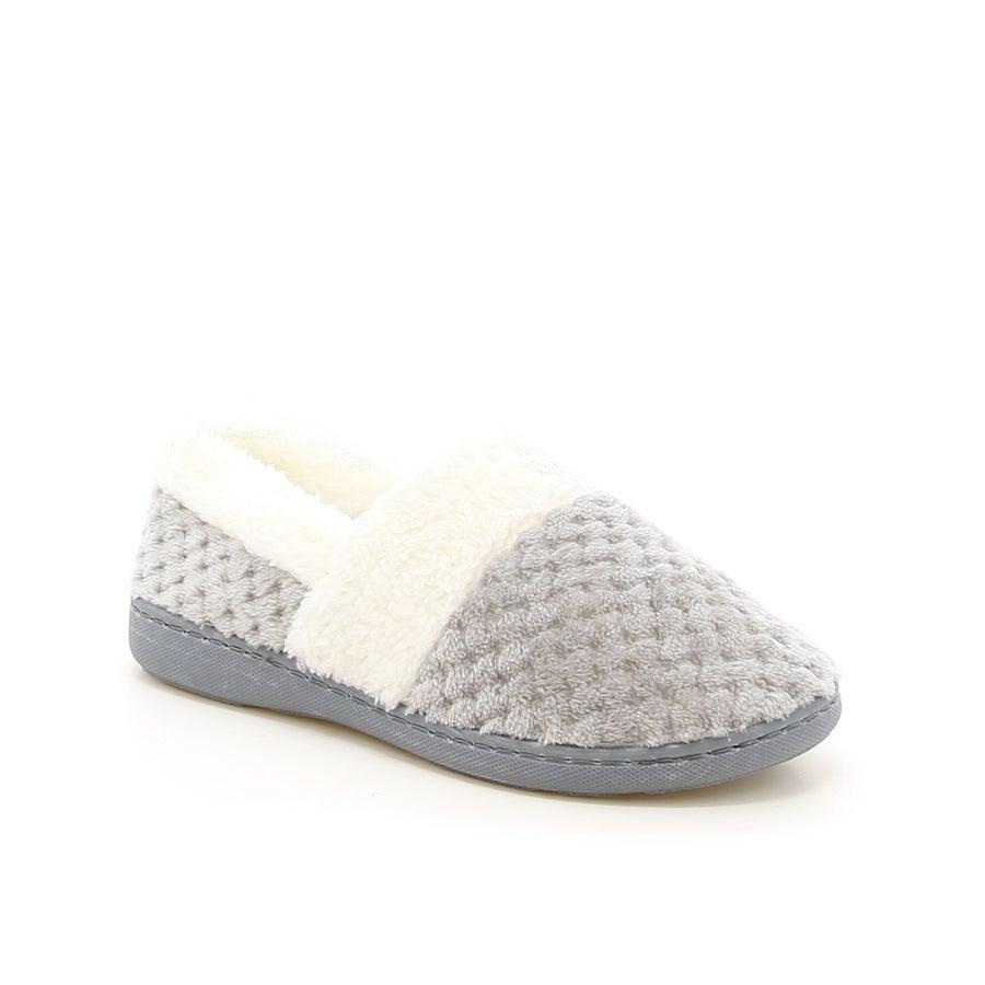 Luna Closed Slippers