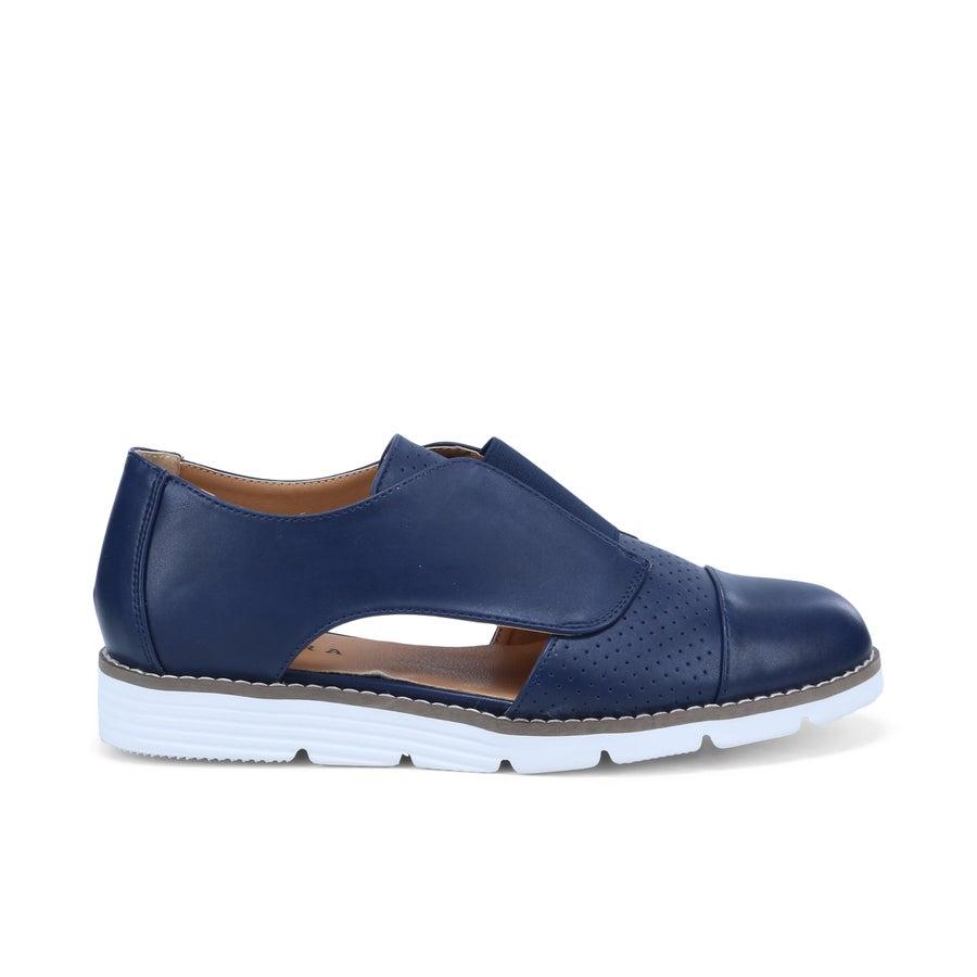 Sakura Sixty One Slip On Shoes