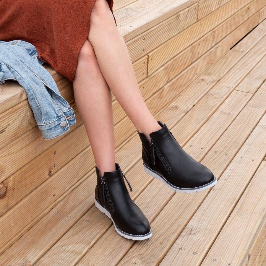 Sakura Valencia Ankle Boots
