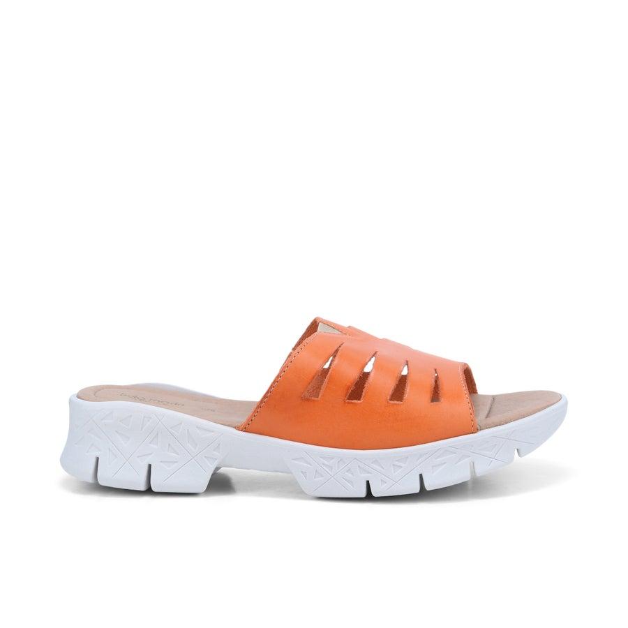 Step On Air Tula Leather Slides